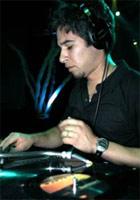 Mauricio Aviles. Диджей и яркий музыкант, лицо лейбла Naked Music